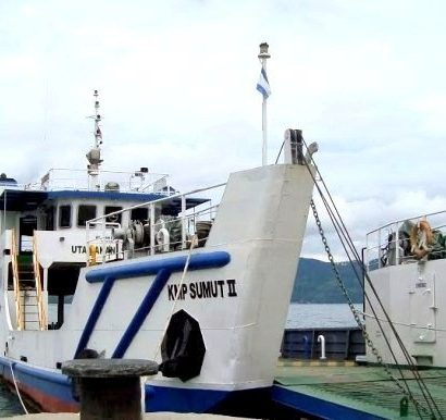 Jadwal Penyebrangan melalui Ferry Danau Toba