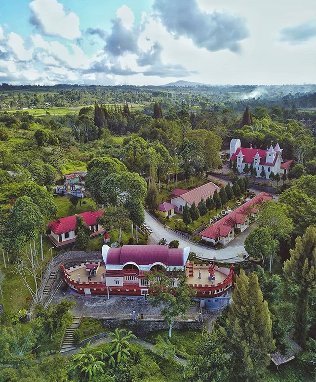 Taman Iman Sidikalang Dairi Danau Toba